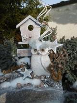 Dekorácie - Zimná dekorácia so sovičkou - 11394006_