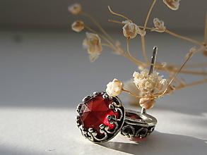 Náušnice - Granátové s patinou - 11391838_