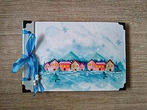 Papiernictvo - Fotoalbum klasický s ilustráciou ,,Zima v dedinke pod kopečkami,, - 11392458_