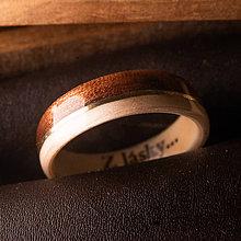 Prstene - Drevená obrúčka- JAVOR/MAKORE/ZLATO - 11393528_