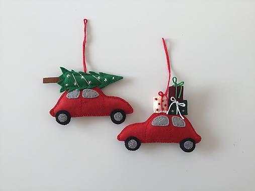 Červené vianočné auto - ozdoba na stromček