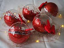 Dekorácie - ČERVENÉ vianočné guľe s 3D fotkou - 11392821_