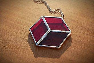 Náhrdelníky - Vitraj červená kocka - 11392927_