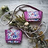 Kabelky - Kabelka DINKY bag - ružová s potlačou maľovaných kvetov - 11396500_