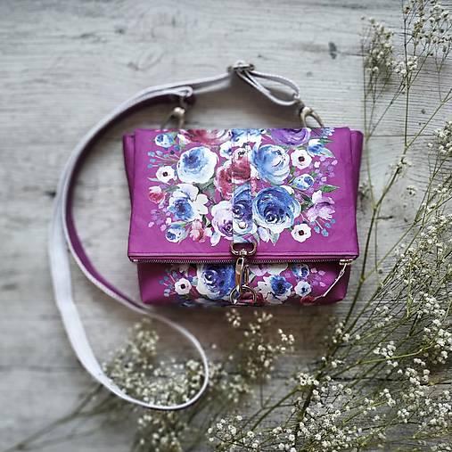 Kabelka DINKY bag - ružová s potlačou maľovaných kvetov