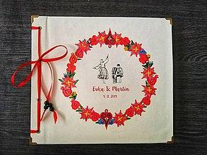 Papiernictvo - Fotoalbum klasický, papierový obal so štruktúrou plátna smotanovej farby s potlačou (Fotoalbum klasický, papierový obal so štruktúrou plátna smotanovej farby s ľudovou potlačou) - 11395955_
