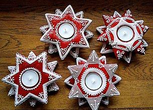 Dekorácie - Medovníček -svietniky dvoj hviezdy/červené - 11395823_