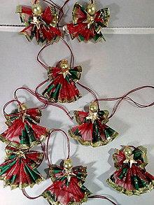Dekorácie - Maličky anjeličkovia na stromček -červené - 11395128_