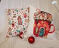 Dekorácie - Vianočné vankúše - Vianočný čas, Vianočný pohár, Vianočný domček - 11395852_