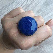 Prstene - Živicový prsteň modrý kruh - 11399237_