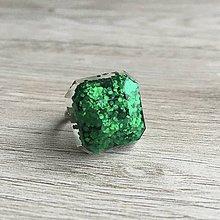 Prstene - Živicový prsteň zelená kocka - 11399669_