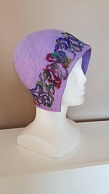 Čiapky - Zimné fialky - plstený klobúk - 11399671_