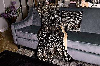 Úžitkový textil - Pletená deka, nórsky vzor a vločky, čierno-hnedá, hnedá podšívka - 11399687_