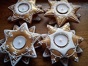 Dekorácie - Medovníček -svietniky dvoj hviezdy/zlaté - 11398110_