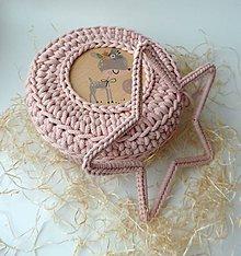 Dekorácie - Handmade háčkovaná závesná dekorácia (nielen vianočná) - hviezda (Hviezda (z 3 mm šnúry) - farba pudrová (jemná béžovo ružová)) - 11400129_
