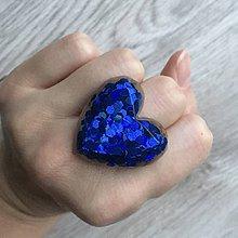 Prstene - Živicový prsteň modré srdce - 11402393_