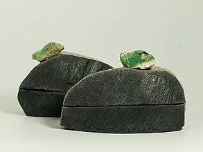 Nádoby - RAKU dóza  s minerálom - 11405647_