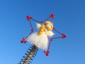 Dekorácie - anjelik...špic na stromček (Červená) - 11404382_