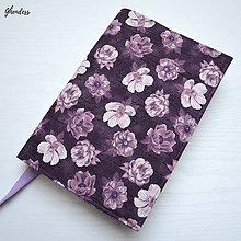 Papiernictvo - Univerzální obal na knihu - Fialové květy s nápisy - 11403566_