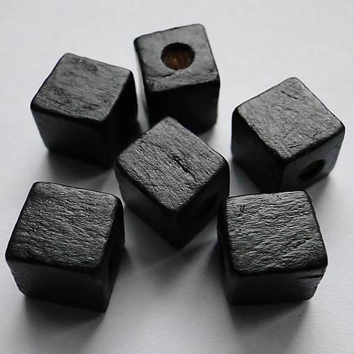 Drevené kocky-10ks (10mm-čierna)