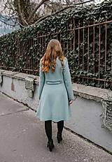 Kabáty - Vlnený kabát princess strihu SEVERANKA-jemná modrá - 11405151_