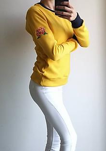 Mikiny - Horčicová mikina s výšivkou - 11403953_