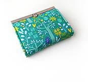 Peňaženky - Peňaženka s priehradkami Zeleno-fialová so stromami - 11402285_