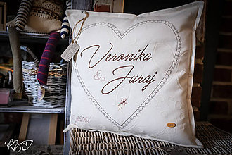 """Úžitkový textil - Vankúšik pre mladomanželov """"Veronika a Juraj"""" - 11407843_"""