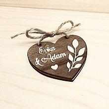 Darčeky pre svadobčanov - Otváracie drevené oznámenie - reliéf - 11406776_