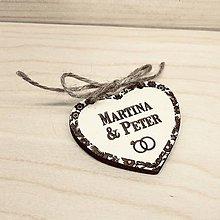 Darčeky pre svadobčanov - Otváracie drevené oznámenie - kvetový rám - 11406781_