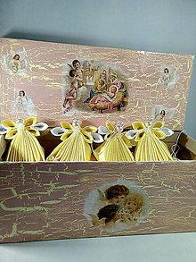 Dekorácie - Žltý anjelikovia na stromček - 11408744_