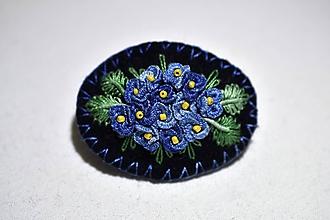 Odznaky/Brošne - plstená brošňa - modrá hortenzia - 11407855_
