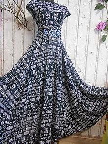 """Šaty - FLORAL FOLK """" Čičmany Black & white """", spoločenské dlhé šaty (Čierno - biela) - 11409165_"""