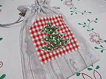Úžitkový textil - Vrecko mikulášske/vianočné - cesmínový stromček - 11411038_