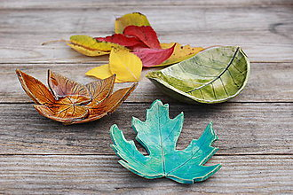 Nádoby - Listové misky - les zvečnený v keramike ♡ - 11409960_