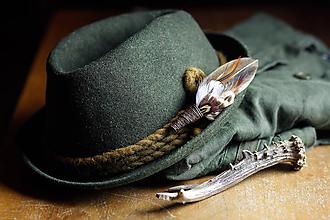 Doplnky - ozdoba za klobúk - 11409146_