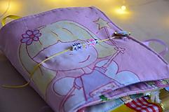 Detské doplnky - Knižka detská, látková s menom - 11409492_