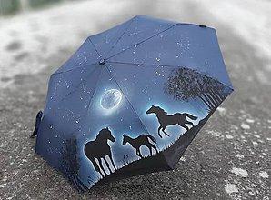 Iné doplnky - Ručne maľovaný dáždnik - kone - 11410931_