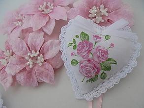 Darčeky pre svadobčanov - Srdiečko do dlane-svadobné - 11409008_