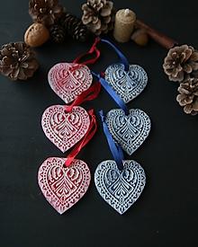 Dekorácie - Vianočné červenomodré srdiečka - 11416165_