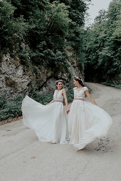 Svadobné šaty Holubička