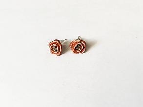 Náušnice - malé napichovacie ružičky/keramika/ - 11420065_