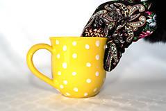 Nádoby - Žltý hrnček s bodkami - 11418665_