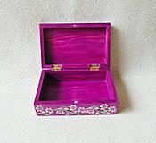 Krabičky - Drevená šperkovnička - 11418694_