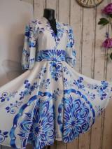 """Šaty - FLORAL FOLK """" Slovenská ornamentika"""" midi spoločenské šaty modrý akvarel - 11422424_"""