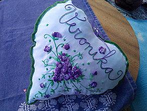 Úžitkový textil - vankúšik pre Veroniku - 11422654_