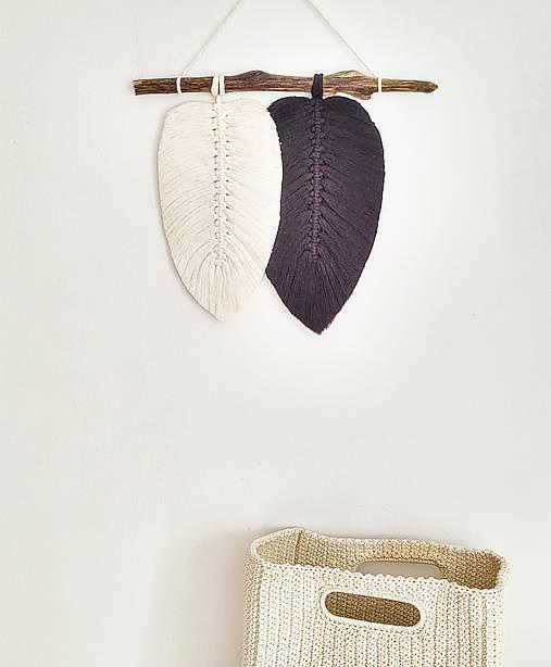 Dekorácie - Makramé závesná dekorácia NATURE (Čierna/prírodná biela) - 11423824_