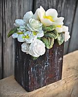 Svietidlá a sviečky - Kytica kvetov v črepníku - darčeková dekoratívna sviečka - 11424300_