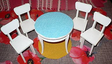 Hračky - Stôl + 4 stoličky pre Barbie - 11424541_