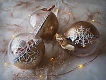 ŠAMPANSKÉ vianočné gule s 3D fotkou